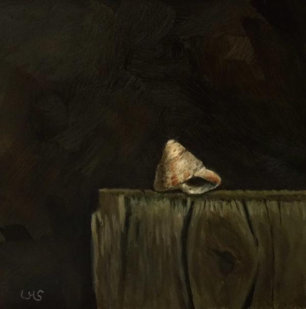 Schnecke auf Holzblock